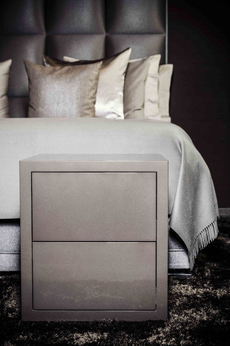Avalon bed side table