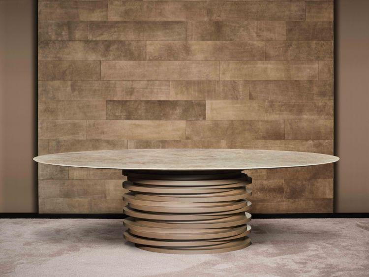 Carlton dining table