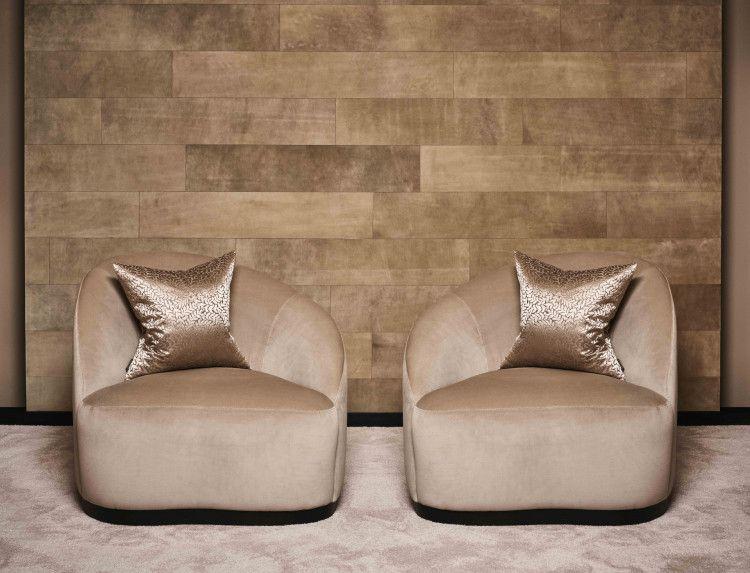Majestic lounge chair