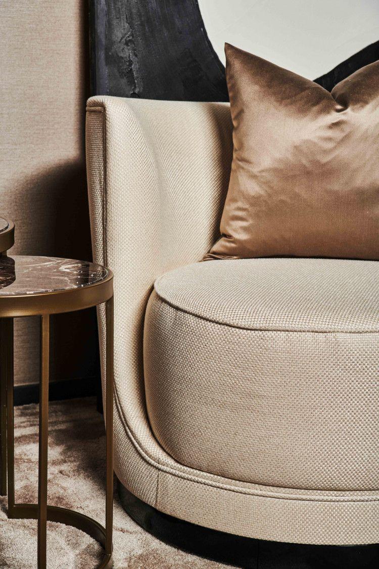 Mansour swivel chair detail