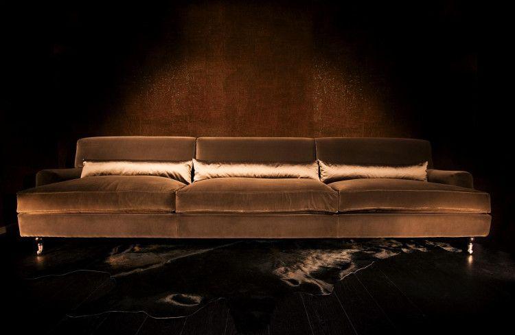 Raffles sofa