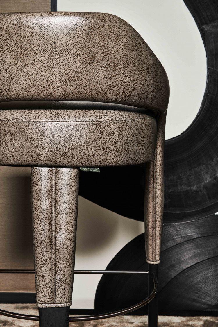 Waldorf high dining chair detail
