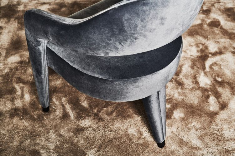 Detail Waldorf Dining Armchair